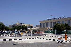 Aluguer de carros Larnaca Aeroporto
