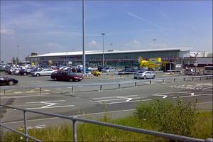 Aluguer de carros Liverpool John Lennon Aeroporto