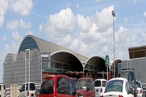 Aluguer de carros San Antonio Aeroporto