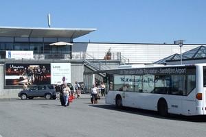 Aluguer de carros Sandefjord Torp Aeroporto